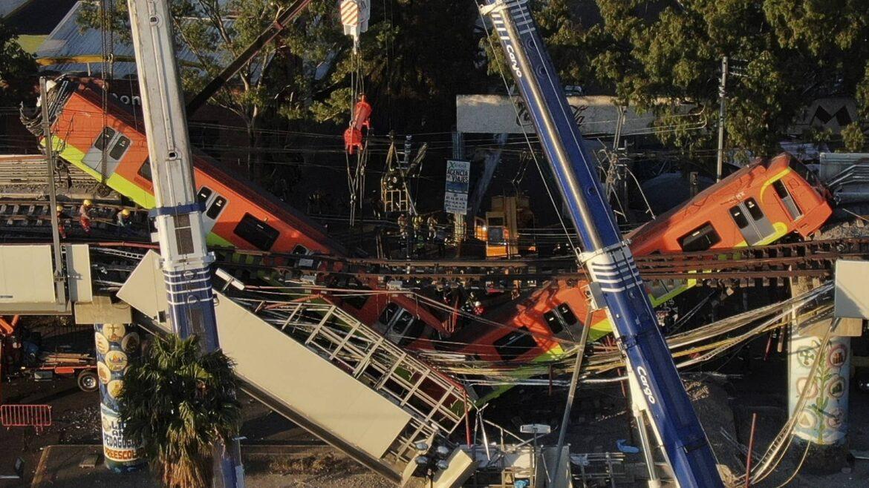 Mexico City Train Colapse